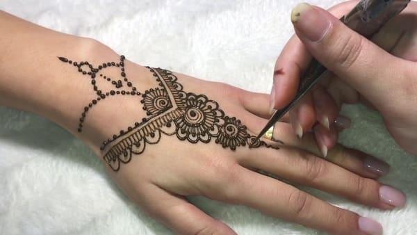 Tatouage Henne